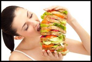 woman-eats